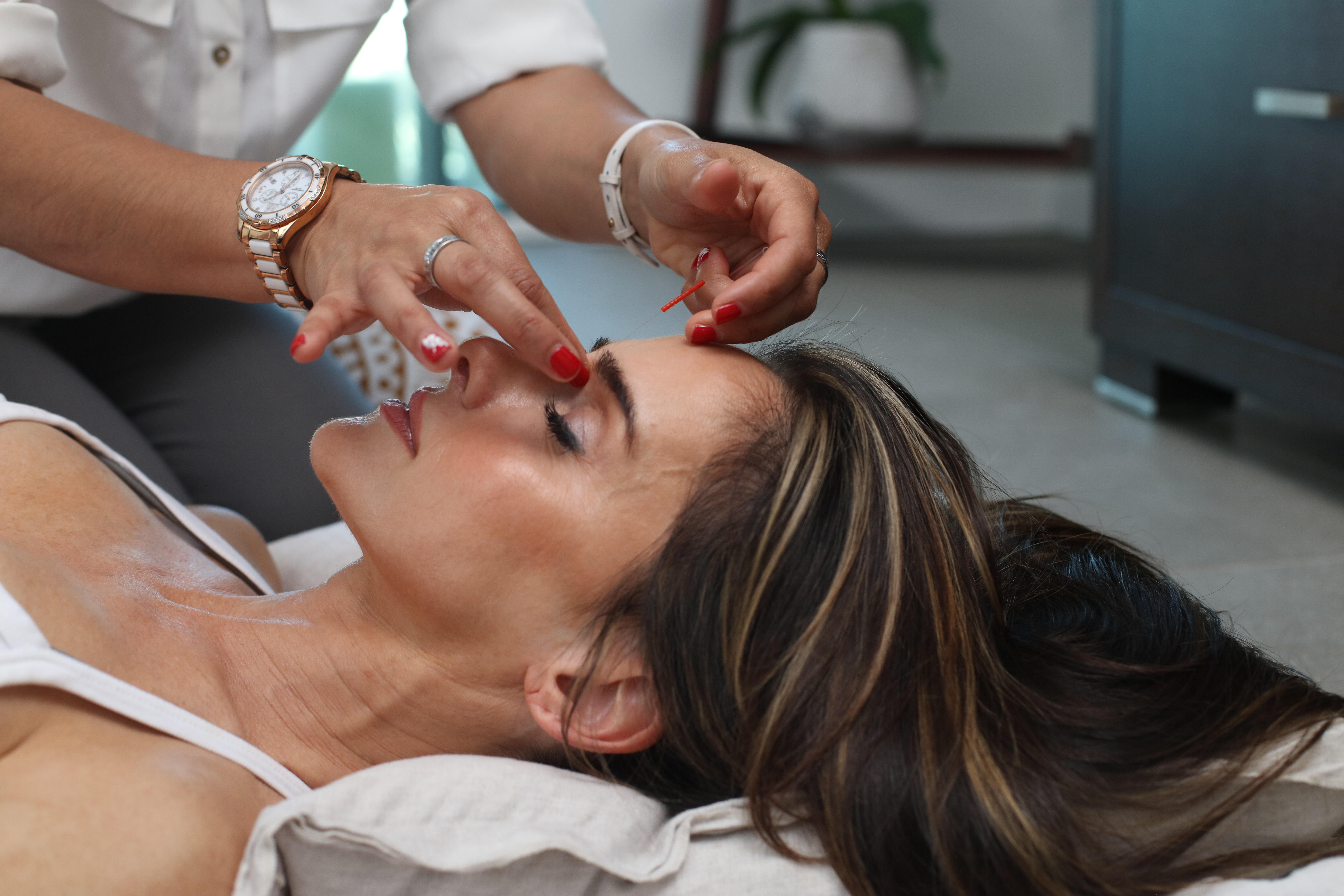 Tag på et akupunktur kursus og prøv en helt ny karriere